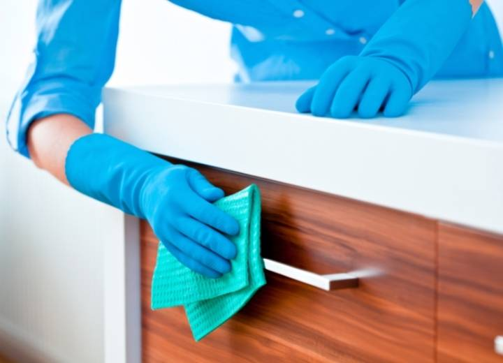How To Clean Wood Kitchen Cabinets with Murphy's Oil Soap